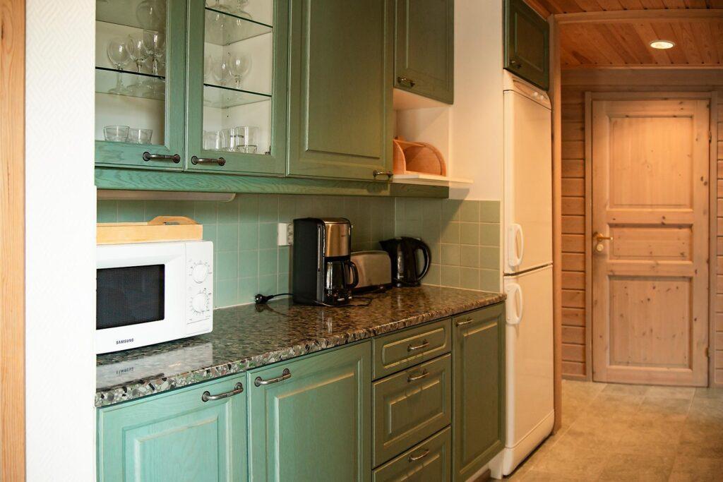 Avara keittiö 8 hengen K5 Villas lomahuoneistossa Levillä.