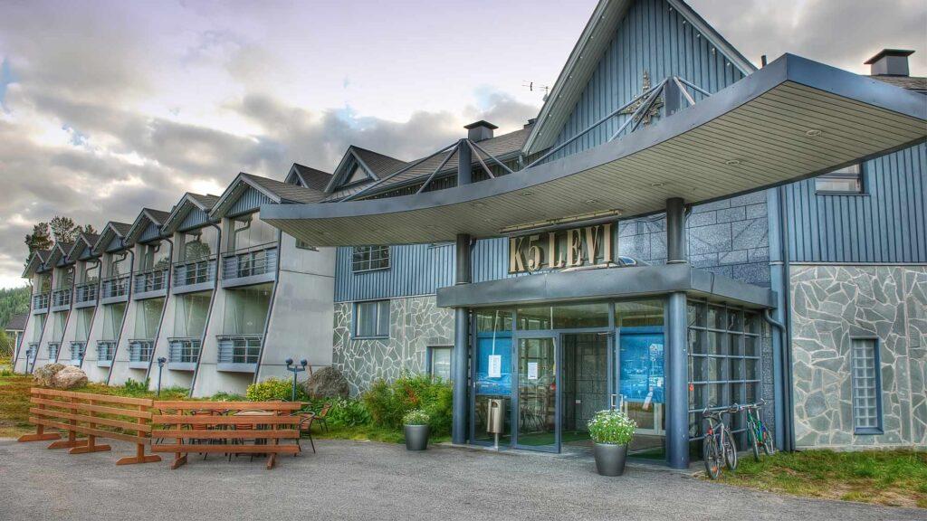 Hotel K5 Levi kesällä.