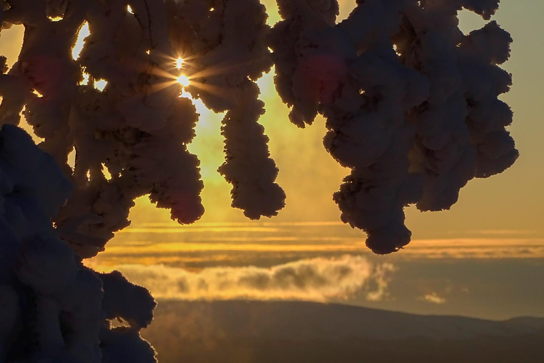 Levin talvi tarjoaa upeat tunturimaisemat ja hiihtoladut.